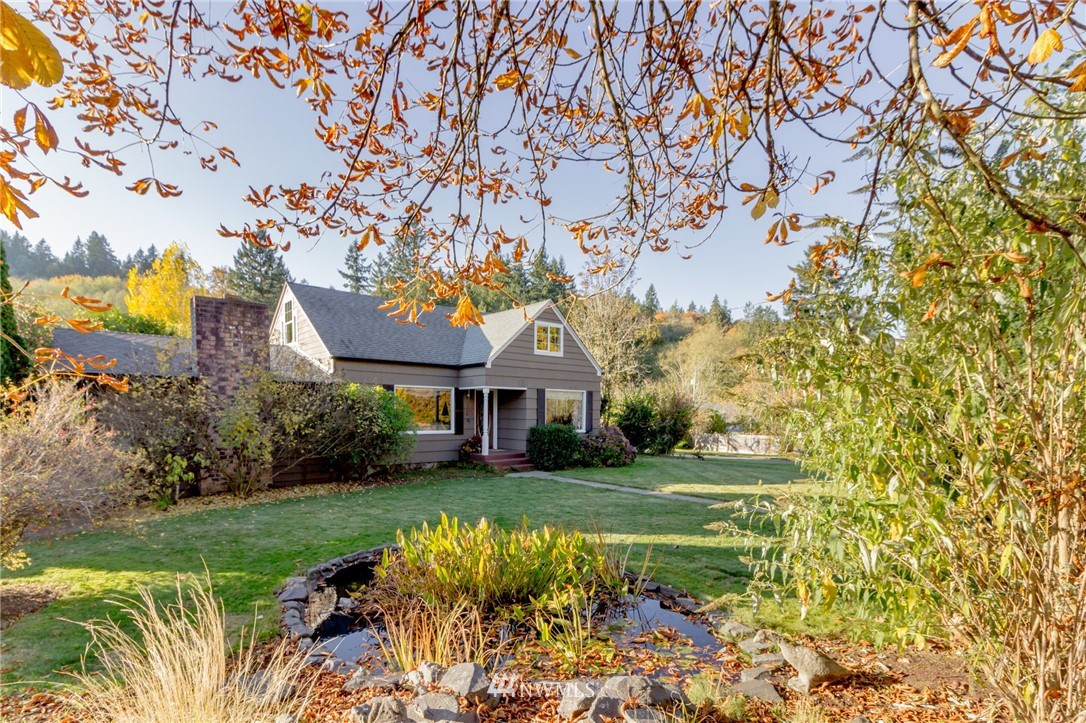 10522 Crescent Valley Dr NW, Gig Harbor, WA 98332