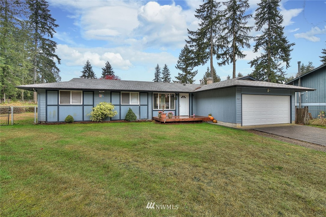 2565 SE Vale Court , Port Orchard, WA 98366