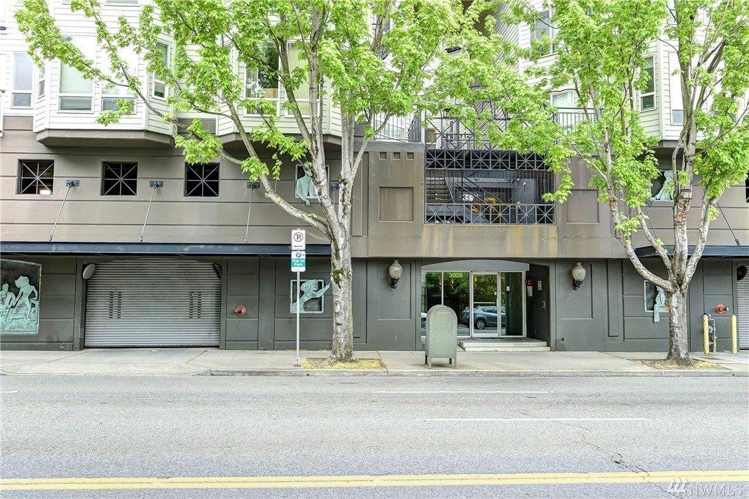 3028 Western Ave, Seattle, WA 98121