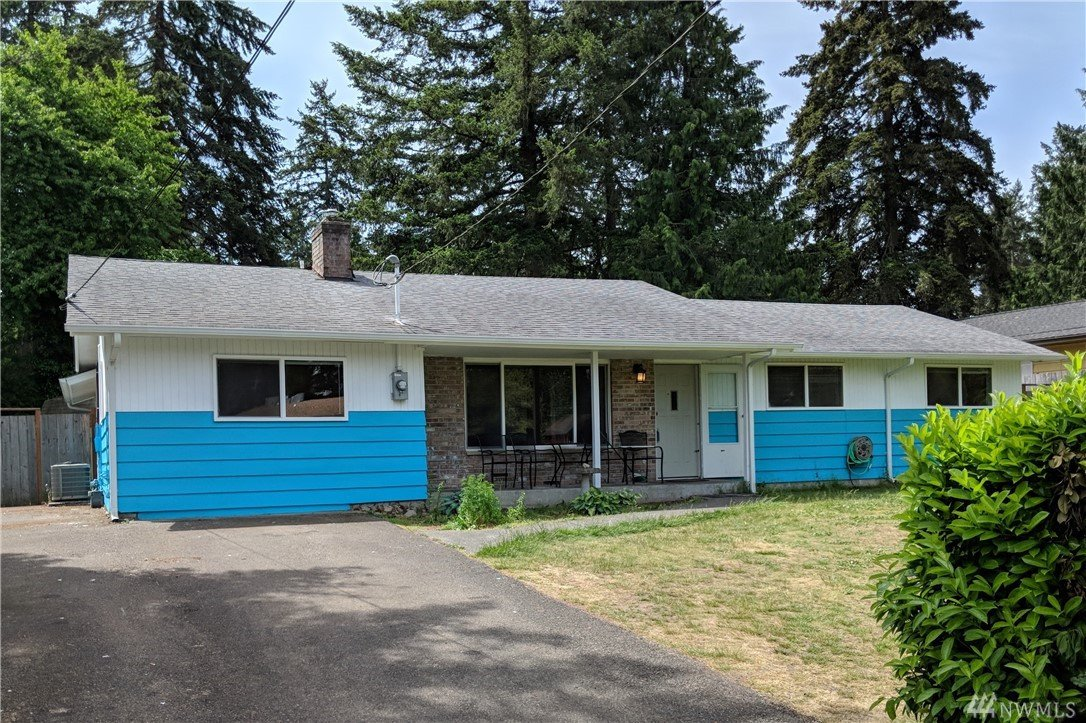 8806 Highland Ave SW, Lakewood, WA 98498