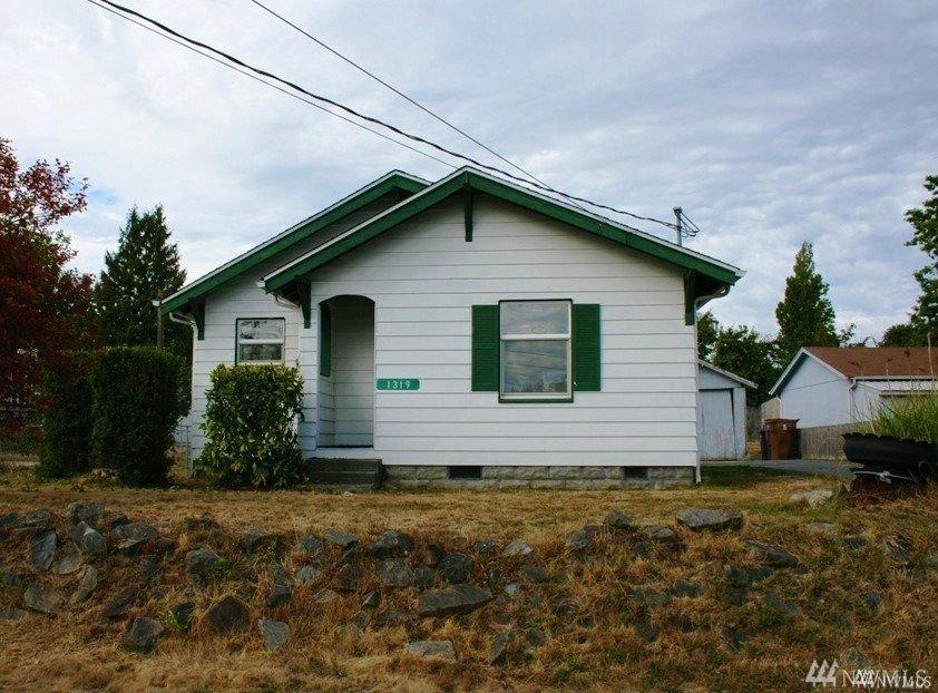 1319 E 56th St , Tacoma, WA 98404