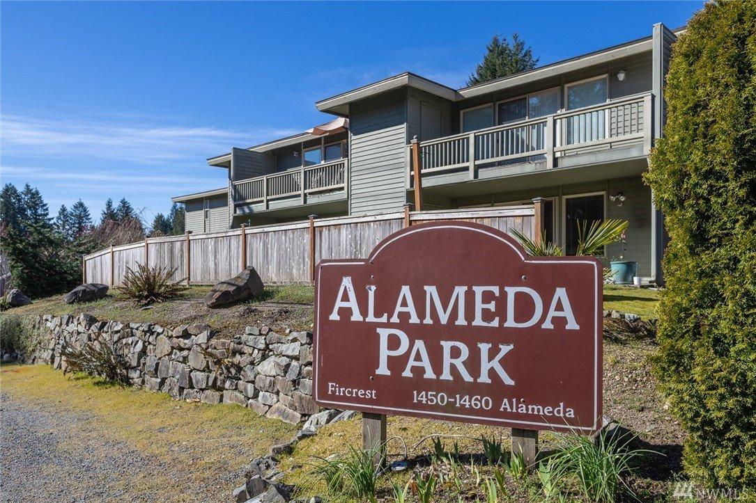 1460 Alameda Ave , Fircrest, WA 98466