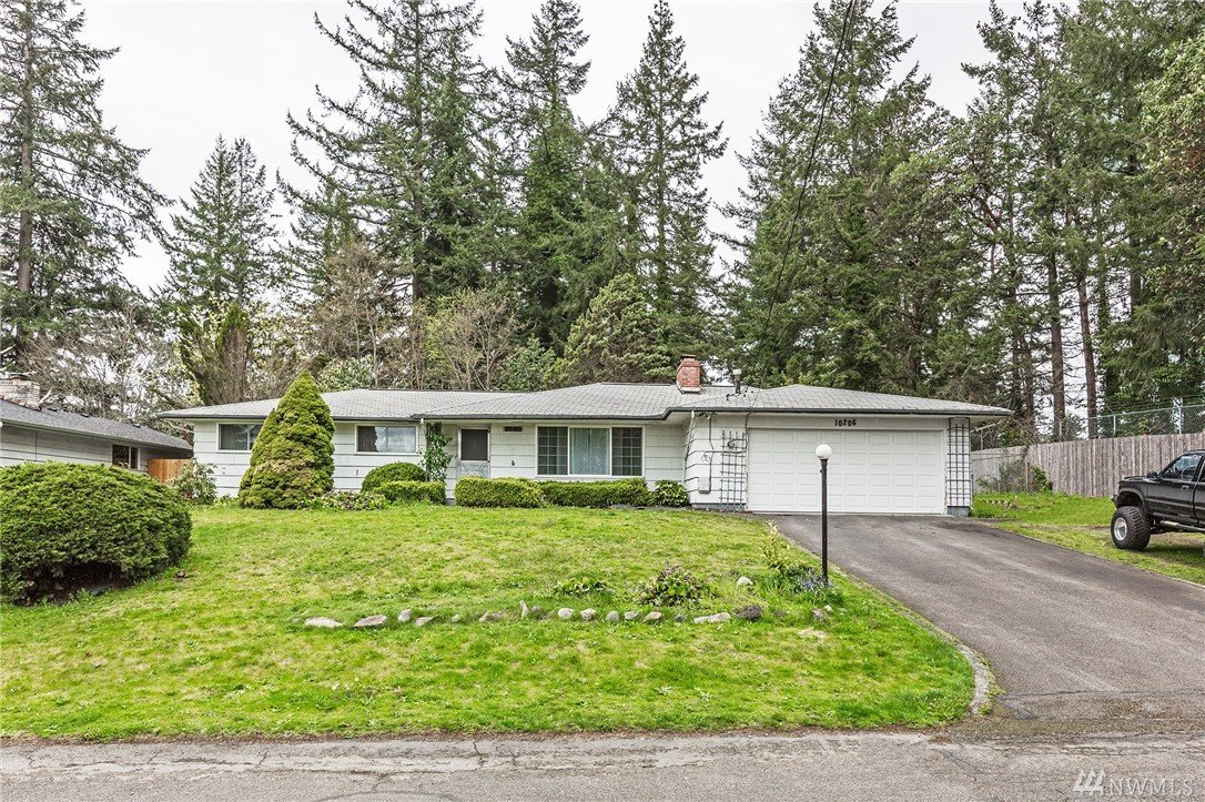 10206 Sharon St SW, Lakewood, WA 98498