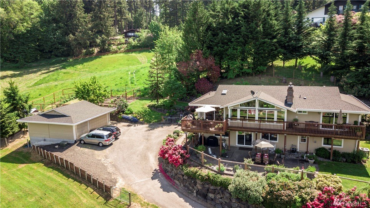 5229 Ray Nash Dr NW, Gig Harbor, WA 98335