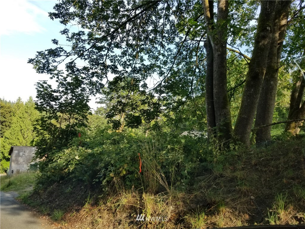 2323 NE Fruitland Dr, Bremerton, WA 98310