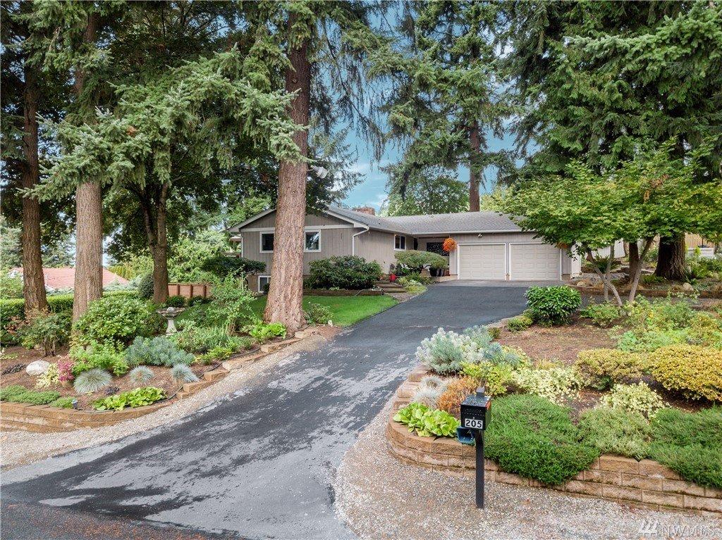 205 62nd Ave E, Tacoma, WA 98424