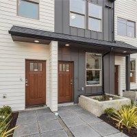 917 NW 52nd St,  Seattle, WA 98107