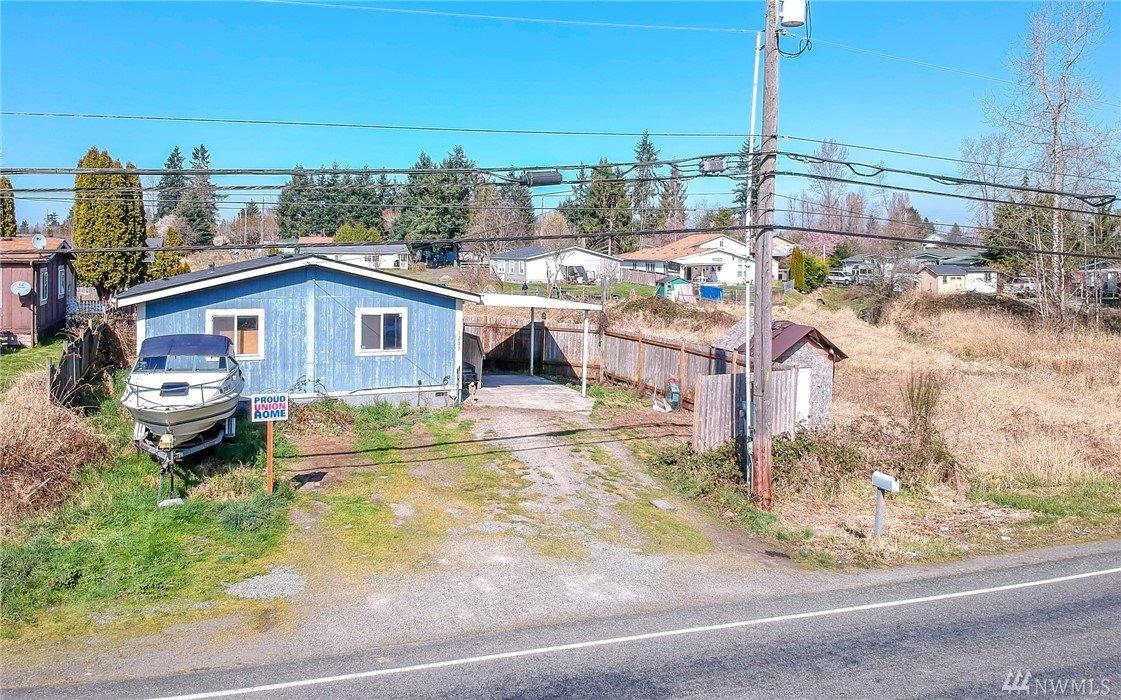 1203 104th St E, Tacoma, WA 98445