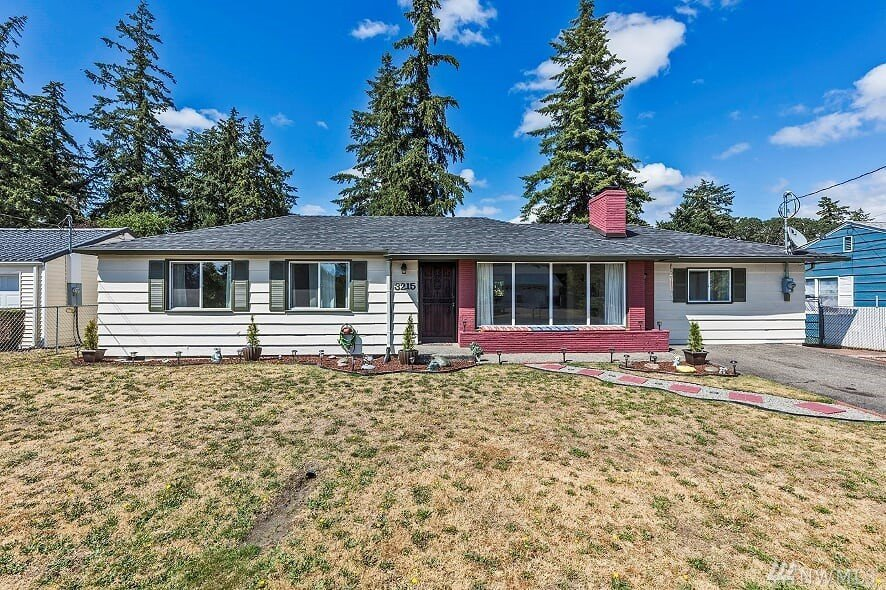 3215 92nd St S, Lakewood, WA 98499