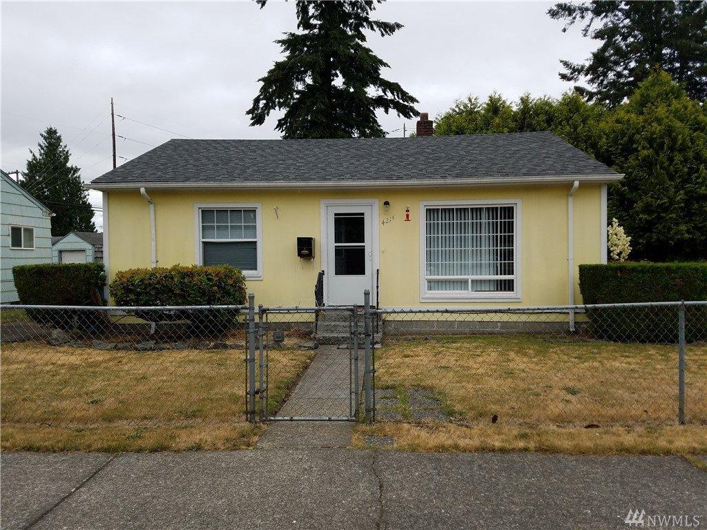 4214 S American Lake Blvd, Tacoma, WA 98409