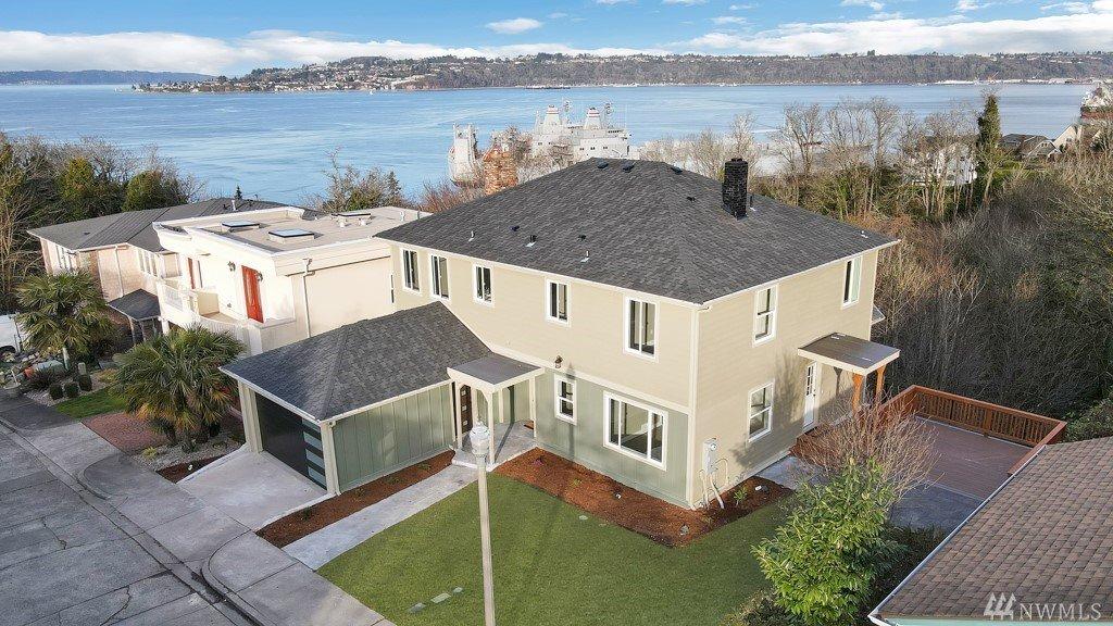 2707 N Henry Rd, Tacoma, WA 98403