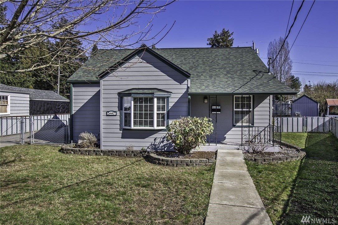 5447 Clarkston St, Tacoma, WA 98404