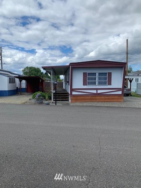 5520 112th Avenue Ct E, Puyallup, WA 98372