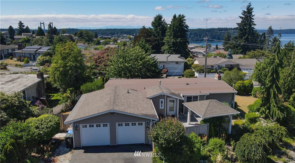 1776 Bridgeview Drive, Tacoma, WA 98406